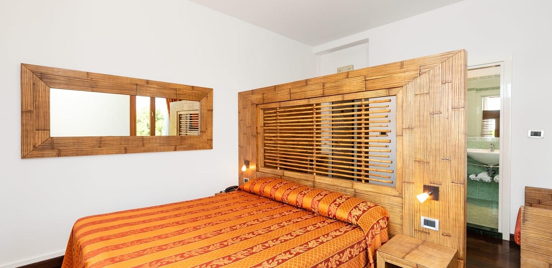 Ampi spazi e servizi nelle camere di Hotel Rivamare